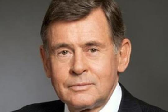 Carrefour: la succession de Georges Plassat, plus que jamais d'actualité