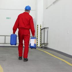 dans l'industrie chimique, la rémunération brute atteint 3899euros par mois.