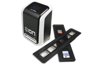 le produit ion slides 2 pc, scanner dédié aux diapositives et négatifs qui se