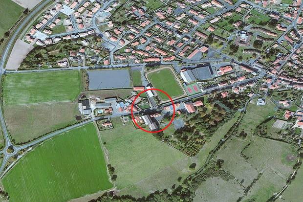10e ex aequo : Lycée Champ Blanc (Le Longeron), 1 393 € le m²