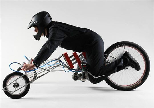 EX Tournevis électrique trycicle