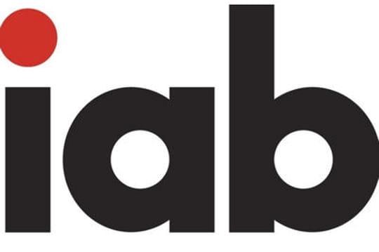 """Le Club des Annonceurs et l'IAB publient """"Les médias sociaux"""", tome 2"""