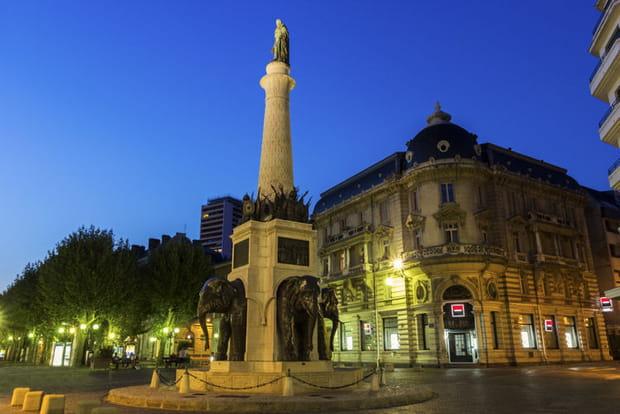 2e : Chambéry (Savoie), +2,49 points de hausse des impôts locaux
