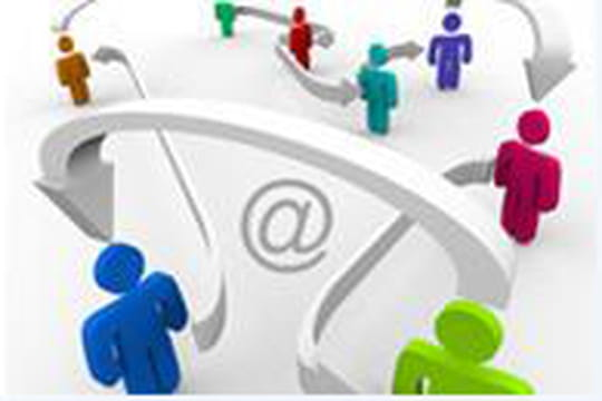 Réseaux sociaux : 1 utilisateur sur 3 privilégie le Web pour communiquer