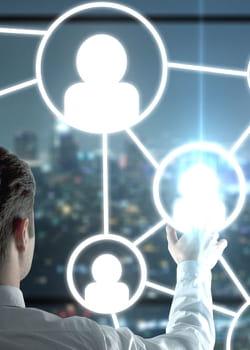 une bonne communication passe par le réseautage.
