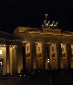 la porte de brandenburg, à berlin.
