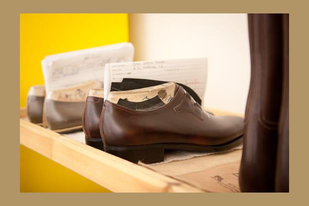 John Lobb : travail du cuir