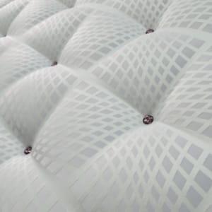 comme dans la mode, les fabricants de matelas sortent des 'collections' avec des