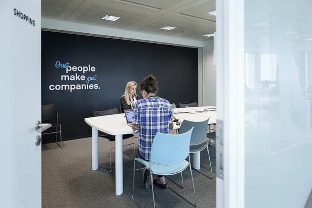 De grandes salles de réunion