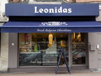 un chocolatier leonidas.