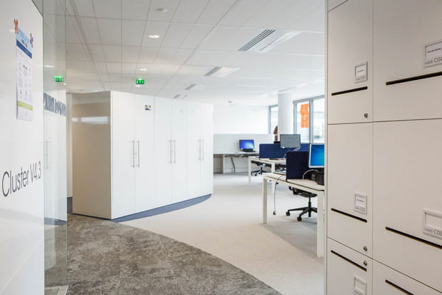 Pas de bureaux individuels mais des casiers personnels