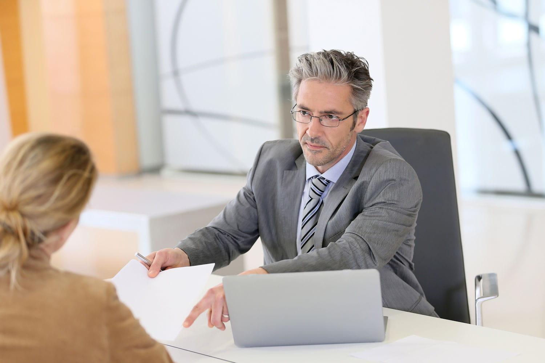 Conseiller bancaire: rôle, salaire et diplôme