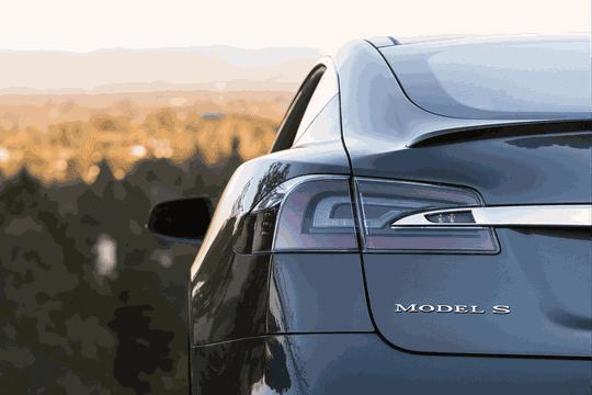 Tesla: l'Autopilot jugé en partie responsable d'un accident