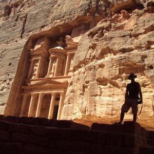 la tombe de khazneh sur le site de petra en jordanie.