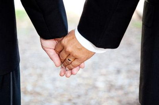 Mariage gay : quelles conséquences pour les entreprises?