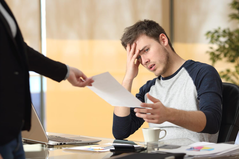 Licenciement pour faute simple: procédure et indemnités