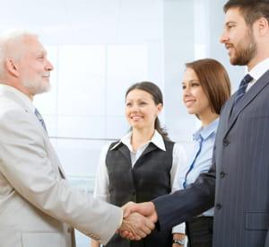 saluer ses équipes chaque matin est un rituel adopté par nombre de dirigeants.