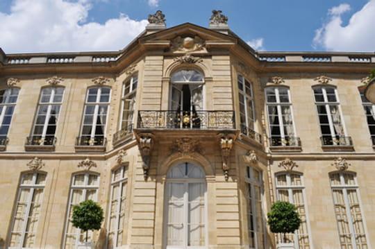 Primes de cabinet des ministres : 24,2millions d'euros à répartir en 2014
