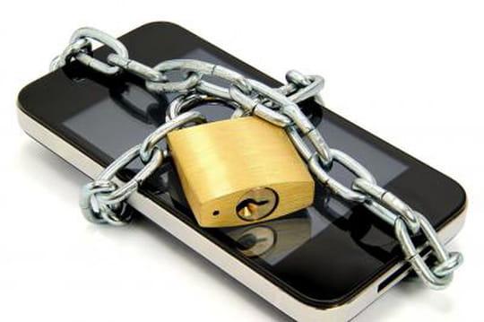 Mobile : Montebourg veut proposer des fréquences contre des garanties d'emploi