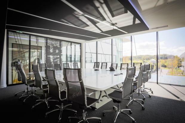 2grandes salles de réunion