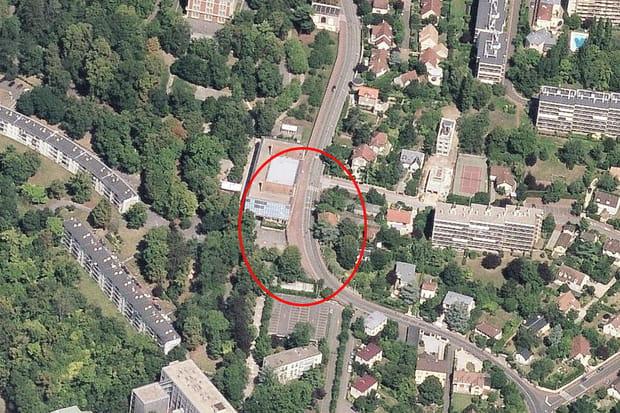17e ex aequo : Lycée International (Saint-Germain-en-Laye), 4 157 € le m²