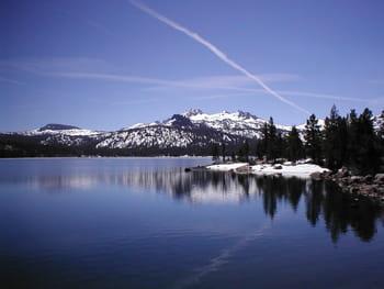 vue de lake tahoe.
