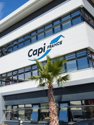 capifrance est une filiale d'artémis, la holding financière de la famille