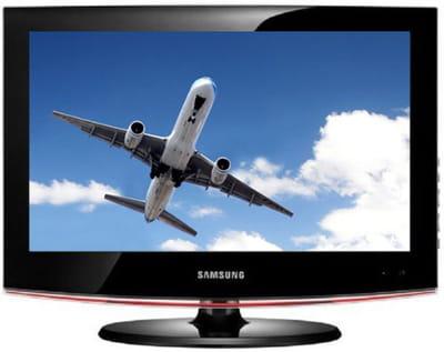 un téléviseur 56 cm de qualité