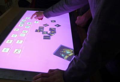 construire une démonstration sur une table tactile.
