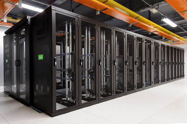 Le cloud de 12 000 m2 de Bull en images