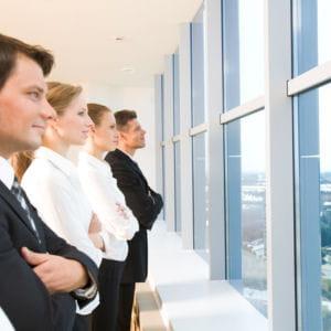 les contacts avec la clientèle ou les prestataires devront être sous