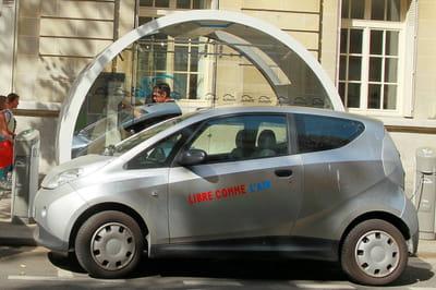 le succès de son service d'auto partage, autolib', lancé à paris en2011, a