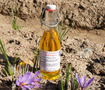 le safran d'aveyron propose toute une gamme de produits à base de safran.
