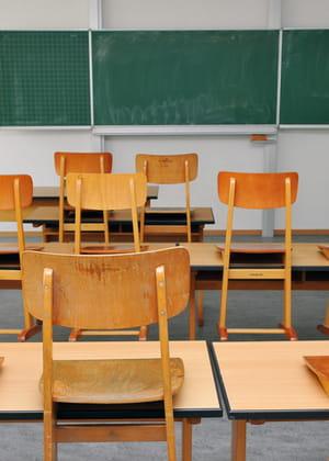 le mode de remplacement des enseignants est très coûteux pour l'education