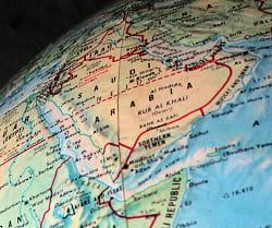 l'arabie saoudite a conclu toute une série de contrats pour produire elle-même