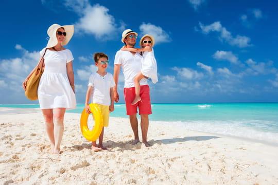 Vacances scolaires 2020: qui pourra partir en vacances cet été et où?