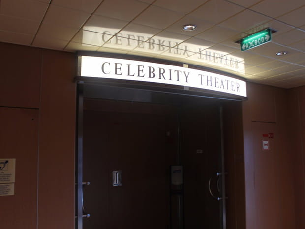 ...Mais aussi une Salle de spectacle