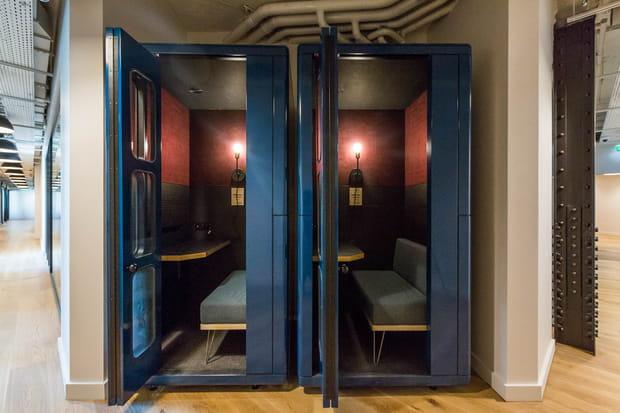 Des cabines téléphoniques pour s'isoler