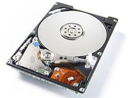 un plateau de disque dur