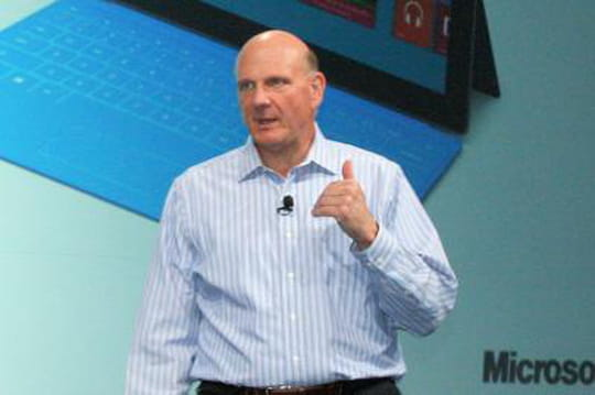 """Microsoft : Steve Ballmer, élu PDG """"ayant le plus progressé"""" en un an"""