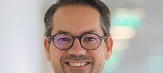 """Pierre-Etienne Bardin (La Poste):""""Nous voulons renforcer la lutte contre la fraude à la carte bancaire à La Banque Postale"""""""