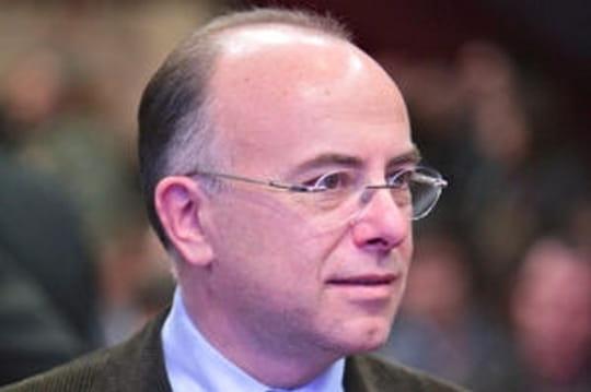 Patrimoine : Bernard Cazeneuve, le plus riche de Bercy