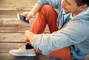 En août, les Français ont surfé sur Internet 43minutes par jour sur leur smartphone