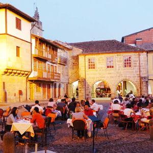 la ville de guimarães au portugal.