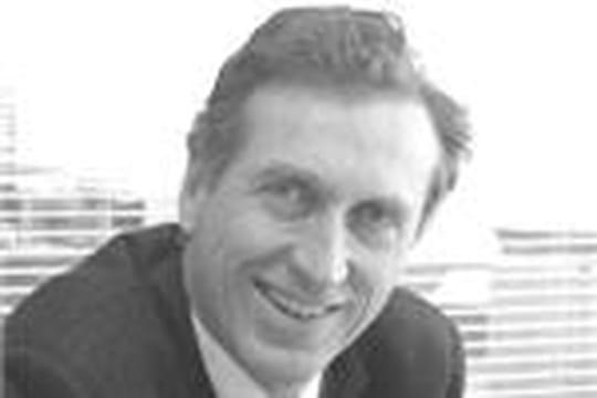 Yves de Talhouët (P-DG d'HP France):Seul le secteur public maintient le cap des investissements IT