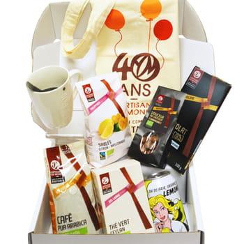 la fairbox envoyée chaque mois contient des échantillons de produits issus du