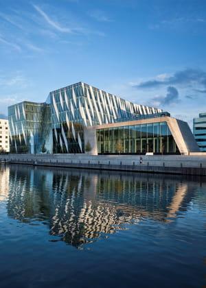 la banque danoise a installé ses quartiers à hellerup au nord de copenhague.
