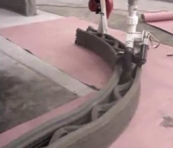 le robot contour crafting imprime des murs à vitesse grand v.