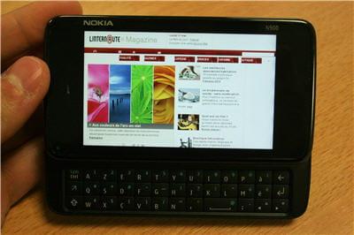 la navigation internet sur le site l'internaute magazine à partir du nokia n900.