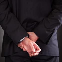 evitez d'adopter la posture du condamné, elle vous discrédite.